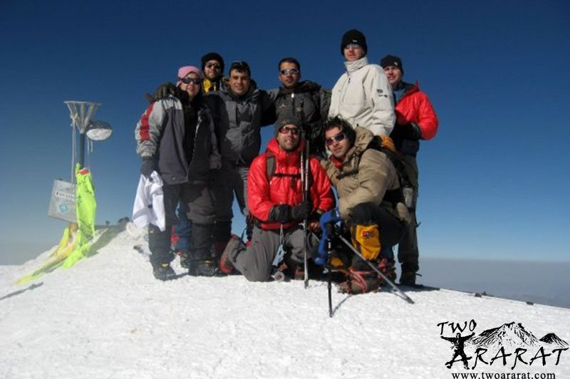 American mountaineer Erik Weihenmayer, Turkish Slovenian and Iranian Mountaineers at the Ararat Summit. He was the first blind person to reach the summit of Mount Everest.